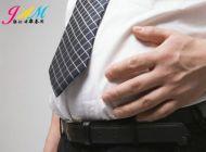 肚子大易导致老年黄斑变性