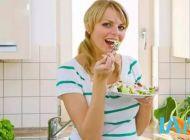 减肥期间特别容易饿怎么办?这几招打败饥饿感