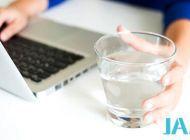 喝水能减肥?控制体重 学会喝水的正确方式