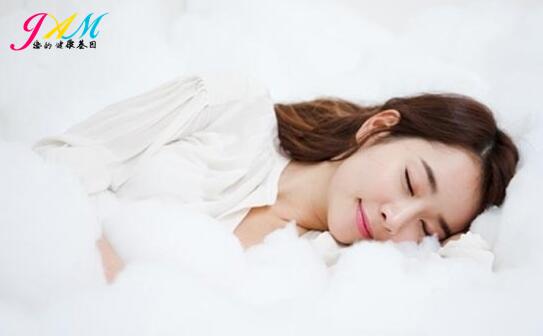 如何睡个美容觉.jpg