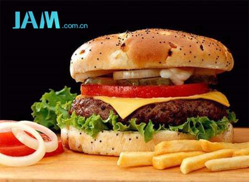 不仅发胖还危害健康 全球公认的十大垃圾食品  指南