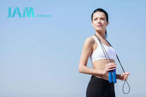 选择跳绳减肥的你注意这些了么? 减肥 运动 跳绳 指南  第1张