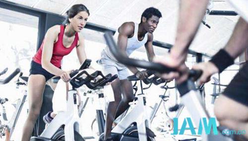 用动感单车健身?切忌这些动作 减肥 健身 动感单车 指南  第1张