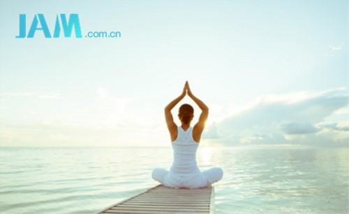 两个瑜伽动作强健背部 指南