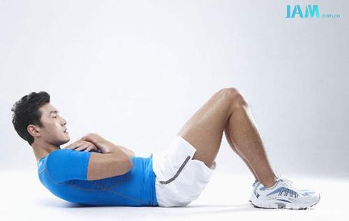 周杰伦:戒掉珍珠奶茶跑健身房 那么你呢? 仰卧起坐 健身房 周杰伦 JAM 热点  第3张